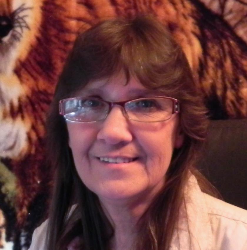 Linda-profile pic 2